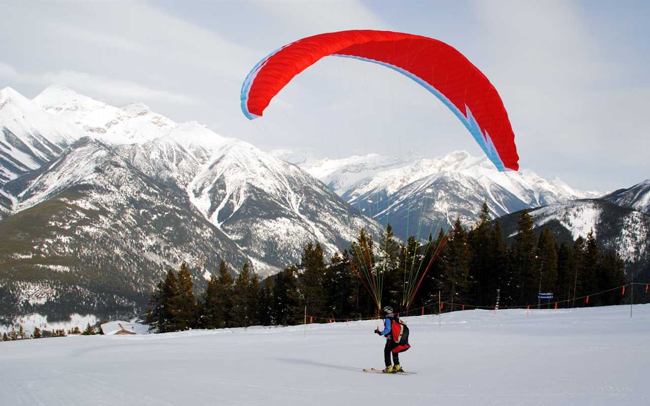 Paragliding and Skiing in India