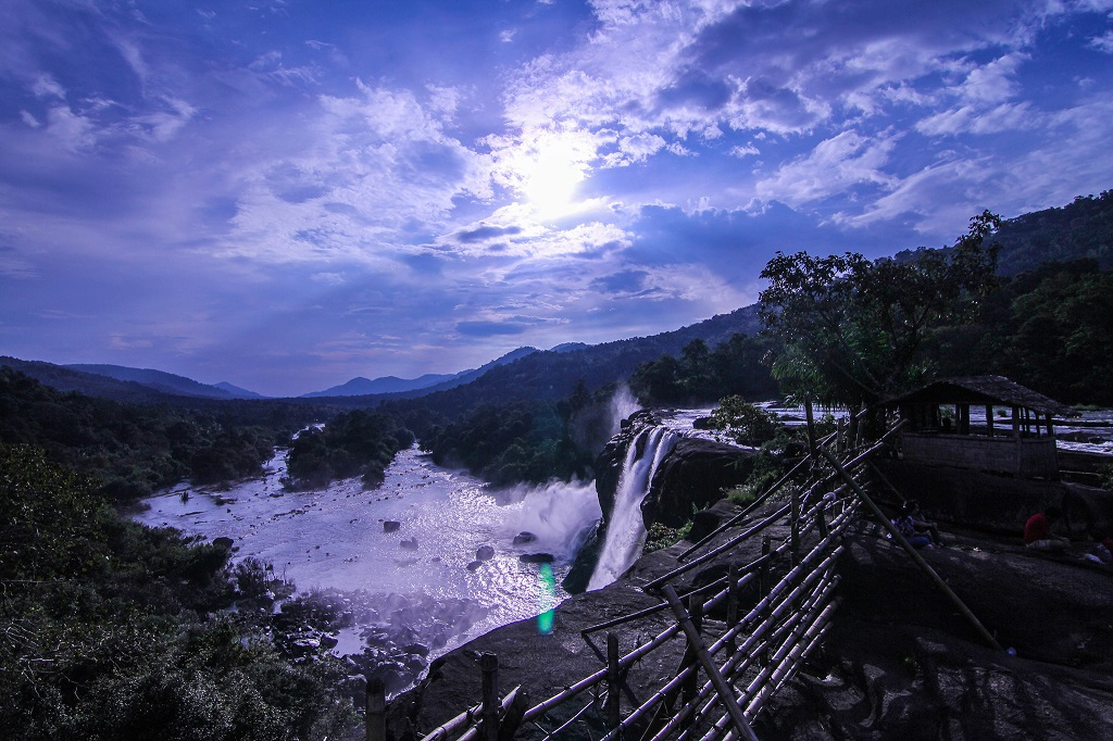 Athirapally Honeymoon Packages