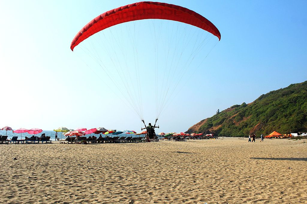Paragliding in Arambol Beach