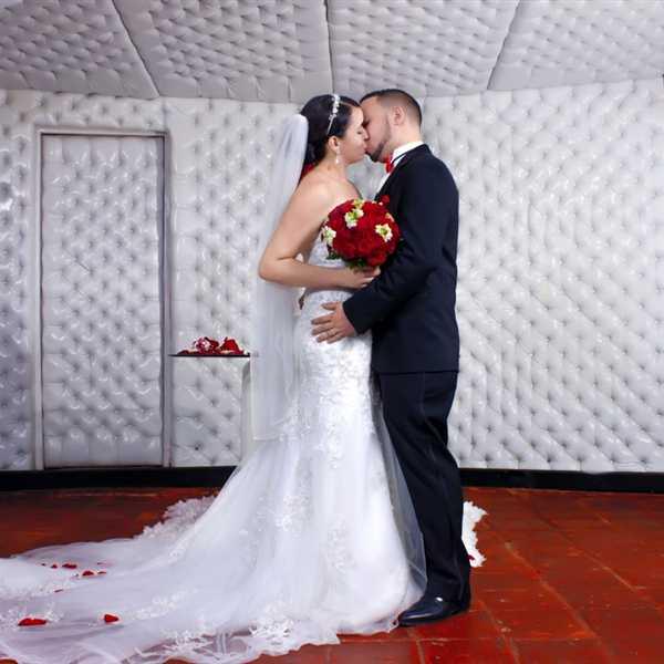 Honeymoon-Couple-India (17)