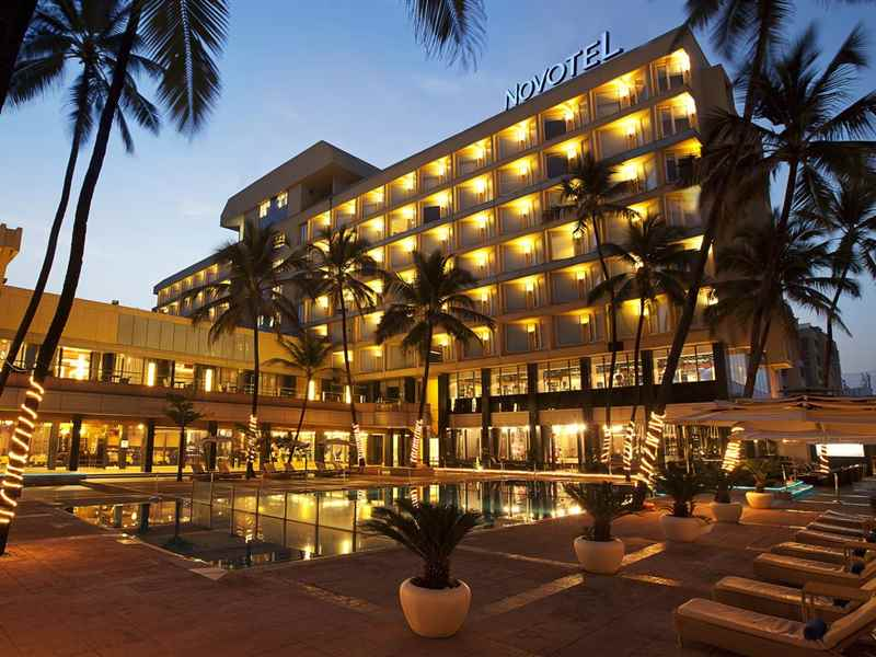 Eleganza New Year Celebrations in Mumbai at Hotel Novotel on Juhu Beach