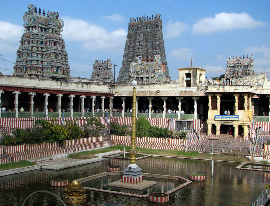 Magnificent-South-India-Temples-That-Every-Indian-Should-Visit-in-2017