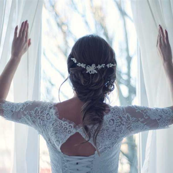 Newlyweds-Honeymoon-Flowers (18)