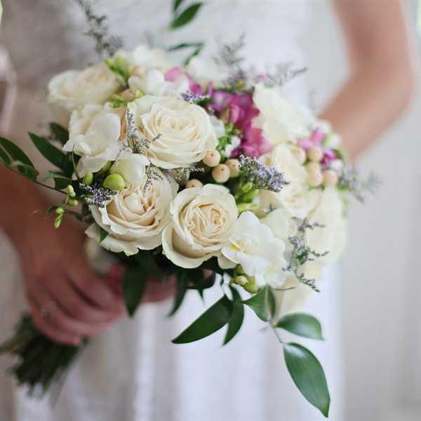 Newlyweds-Honeymoon-Flowers (20)