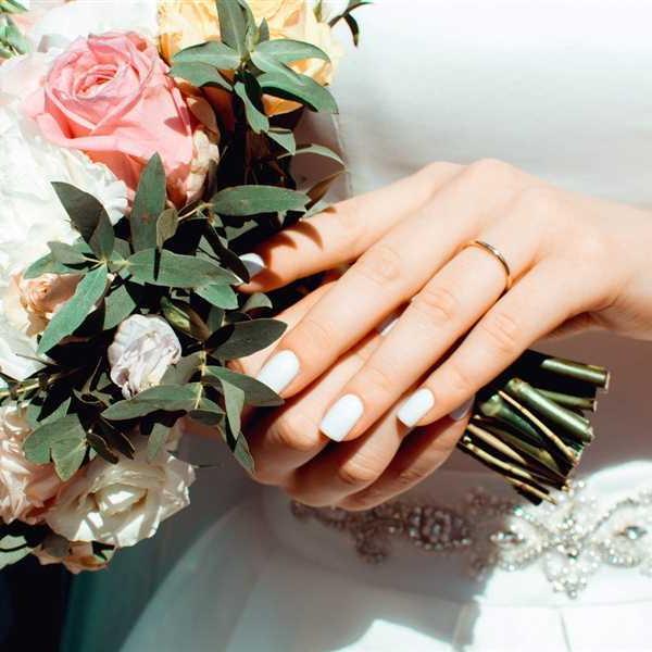 Newlyweds-Honeymoon-Flowers (26)