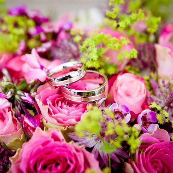 Newlyweds-Honeymoon-Flowers (7)