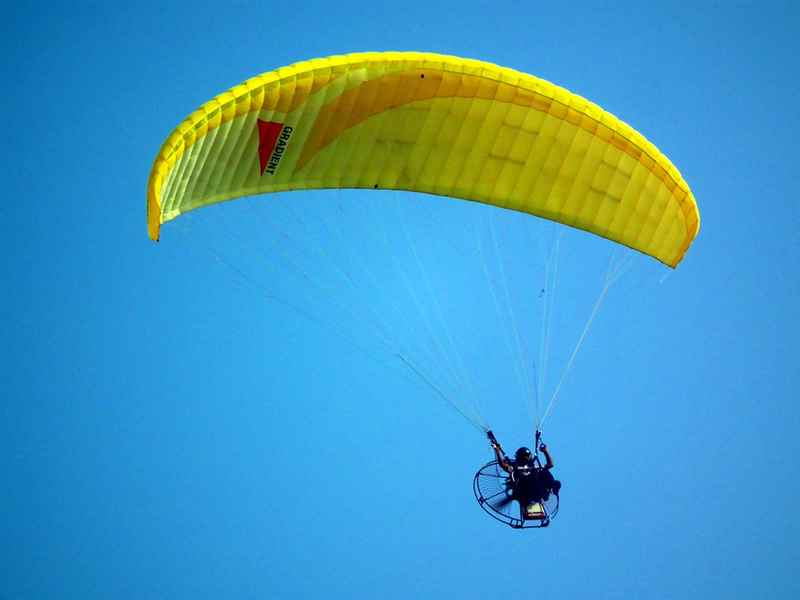 Paragliding with Uniqueness in Vagamom, Idukki