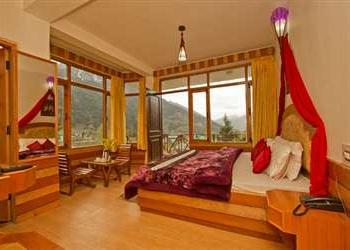 3 Star Resort in Himachal @ Rs 4,900/-