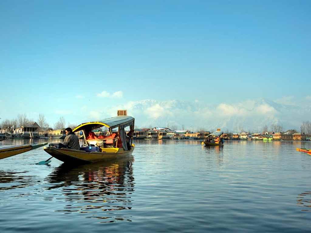 Srinagar Winter Holiday Destinations