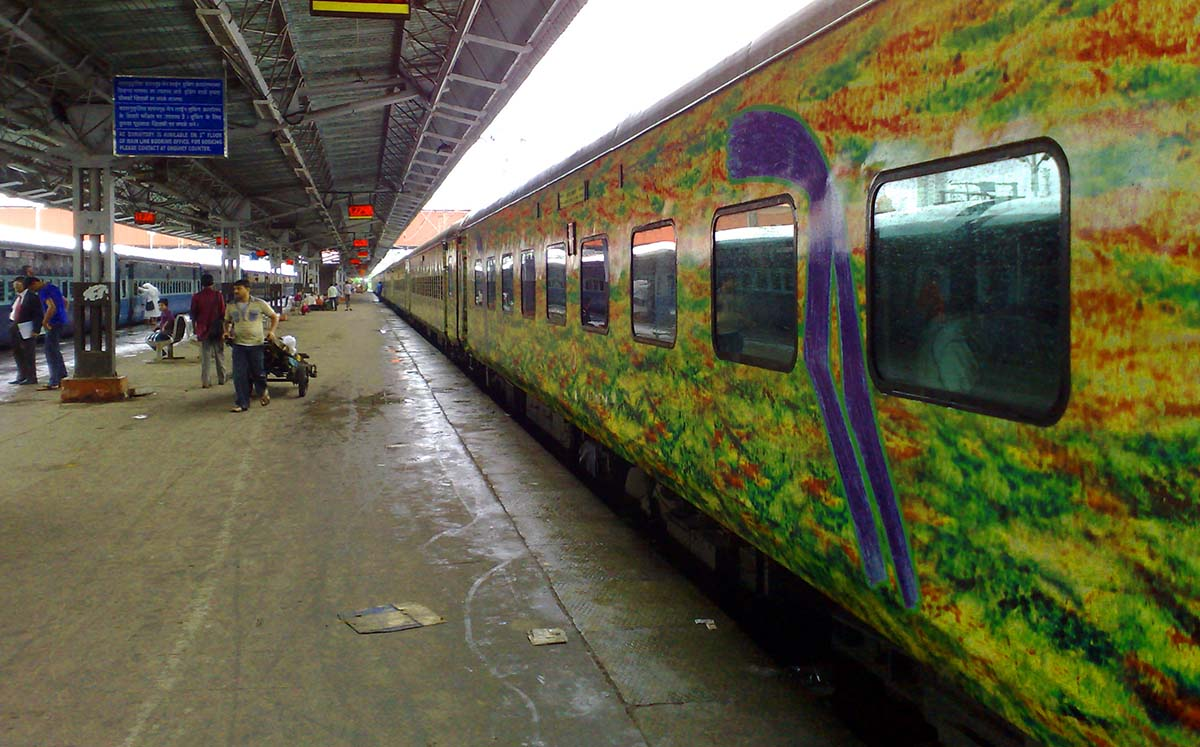 famous tourist trains in india